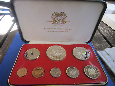 1976 Papua & New Guinea Proof Coin Set by Franklin mint