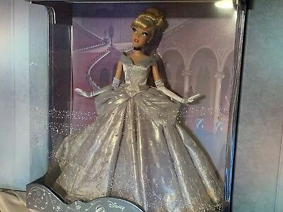 New Saks Fifth Avenue exclusive limited Edition Cinderella Doll-In Hand