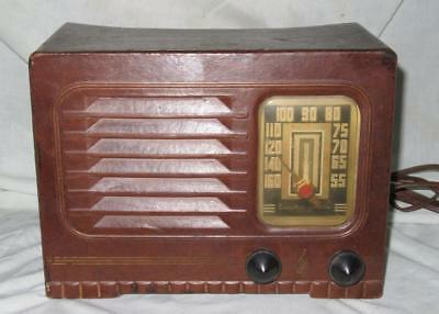 "Emerson Model 461 Radio, AM Only, ""Simulated Leather"" Cardboard, Ca. 1942, Works"