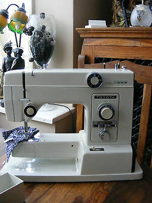 Toyota Model 5000 Sewing Machine with Case & Extras