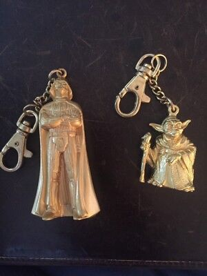 Star Wars 1997 Gold Colored Diecast Metal Darth Vader And Yoda Keychains Rare