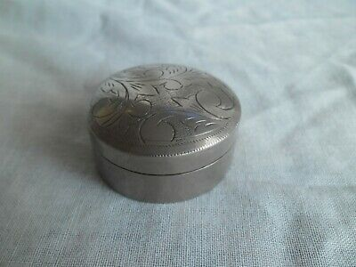Vintage Solid Sterling Silver Round Hand Engraved Trinket/Pill/Snuff Box