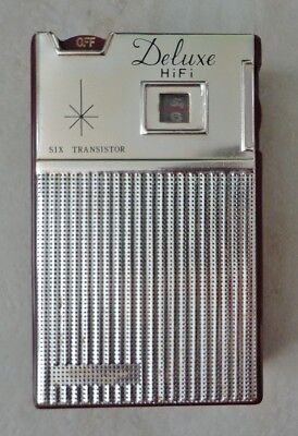 Vintage Deluxe HiFi Six Transistor Radio, Burgundy and Chrome