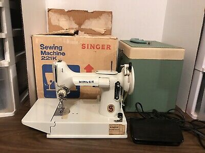 Singer Featherweight Portable Sewing Machine Model 221K White