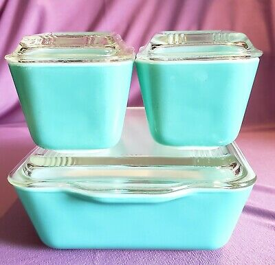 Pyrex Turquoise Refrigerator Set With Lids 501-503