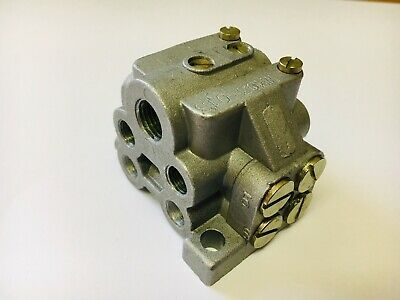 Oil/Grease 6-Way U-Block Divider Manifold Progressive Distributor Block
