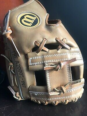 Wilson A2000 11 Inch Japan Rare Inf Model Early 80s