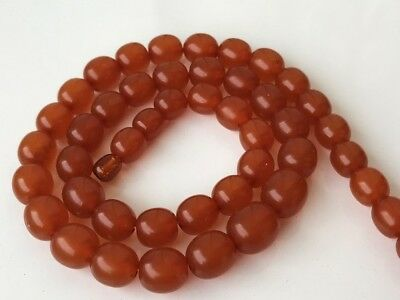 VINTAGE Beautiful Butterscotch / Egg Yolk Baltic Amber Beads Necklace! 37 gr