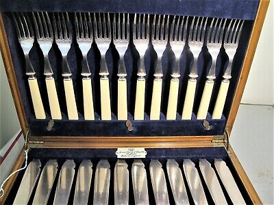 James Dixon Sheffields Silver Plate Box Of 12 Bone Handle Fish Knives And Forks.