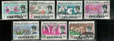 Lot 5377  - Malaya (Perlis) 1965  used Orchids stamp set