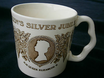 Queen's Royal Silver Jubilee commemoration Mug, by Mason's