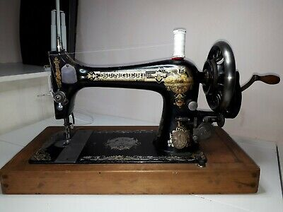 Antique Vintage Singer 27k Hand Crank Sewing Machine c1902