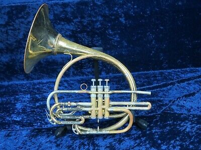 Holton MH100 Bb Mellophone Ser#577558 With Detachable Bell Has a Big Sound.