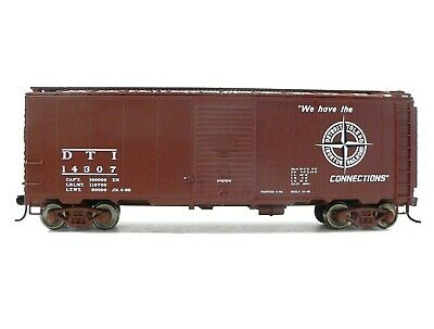 HO Scale Model Railroad Trains Walthers Detroit Toledo Ironton Boxcar 14307