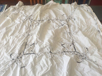 retro small tablecloth 105 cm sq embroidered cutaway