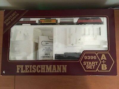 Fleischmann N Scale ICE 9396 Loco and passenger cars in box - Exc condition