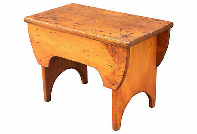 Antique Americana Pine Bench, Square Nail Hand Crafted