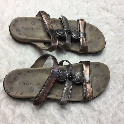 689869acaf7 Taos Womens Sandals Size 8 Prize Slip On Slide Leather Sandal Metallic O3