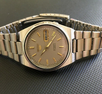 Genuine Vintage 7009 Seiko 5 Automatic Grey Face 17 Jewels Mens Watch