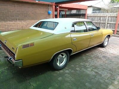 ford 1975 ltd 4 door sedan