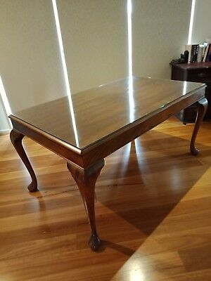 Antique Six Seater Dining Table With Glass Top