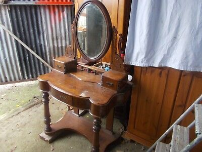 A Ornate Victorian Duchess Dressing Table