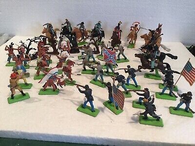 Britains Deetail Large Collection Of Rare Soldiers/ Indians / Horse-riders Etc