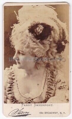 Victorian stage actress Fanny Davenport in costume. Sarony CDV