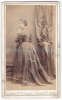 Victorian stage actress Mabel Parker. Signed CDV