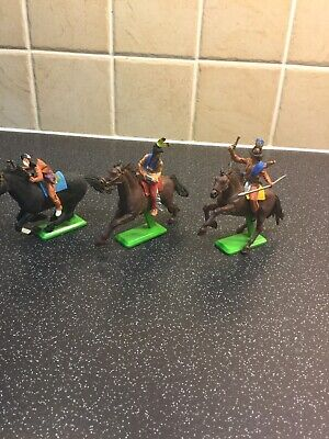Britains Deetail Wild West Mounted Indians