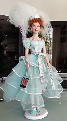 """Franklin Mint Vinyl Portrait Doll Lucille Ball """"Lucy Gets in Pictures"""" Showgirl"""