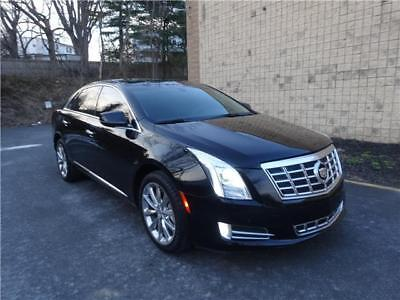 2014 Cadillac XTS Luxury AWD PLATINUM XTS LUXURY PLATINUM PKG. BLACK ON BLACK HEATED SEATS SPORT SEATS NAV CAMERA AWD