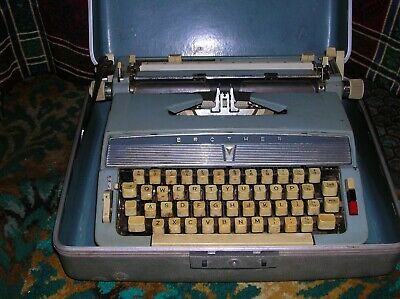 Vintage BROTHER  Light Blue PORTABLE TYPEWRITER In Carry Case
