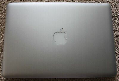 MacBook Pro 13in late 2011 laptop silver - Good Condition with box