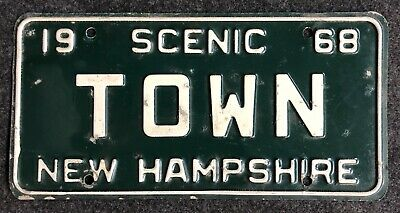1968 New Hampshire Vanity License Plate TOWN NH 68 Geography City