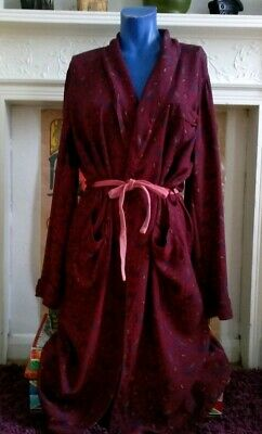 Vintage Dressing Gown Red Paisley Large Robe Jacket