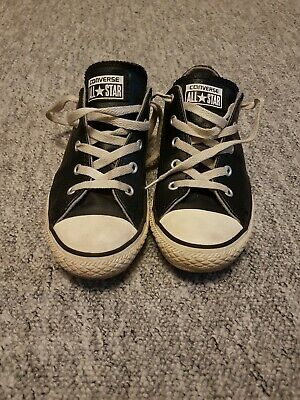 668b281e47dcf5 Boys Black leather Converse All stars junior Size 2.5 Great condition.