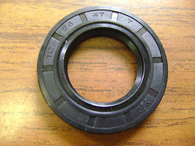 NEW TC 17X40X7 DOUBLE LIPS METRIC OIL DUST SEAL WITH GARTER SPRING