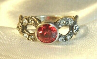 Vintage - Stunning 925 Sterling Silver, Crystals & Red Stone Ring - Ladies 8