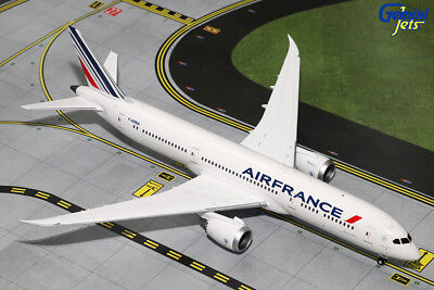 Maquette Avion AIR FRANCE BOEING 787-9 Dreamliner au 1/200 En Métal B787
