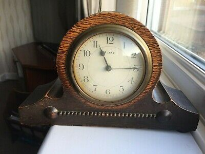 vintage 8 day wooden mantle clock