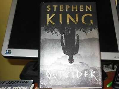 The Outsider: A Novel by Stephen King (Hardcover – May 22, 2018) PAYPAL ONLY