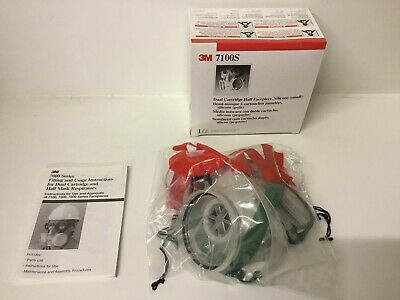 3M 7100s Dual Cartridge Half Facepiece, Silicone ( Small ) Boxed