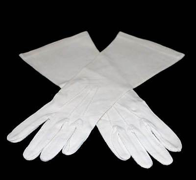 Vintage pretty cream 1950s stretch ladies gloves