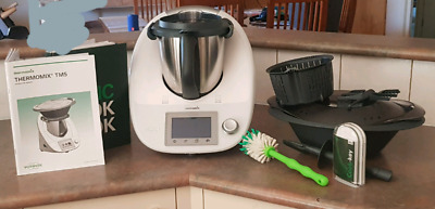 Thermomix TM5 with Varoma cook key