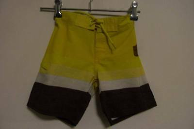 QUIKSILVER boys shorts size 3 - much cheaper post opt