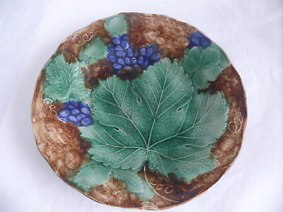 Antique Wedgwood Grape Leaf Vine Embossed Hand Painted Majolica Plate Victorian