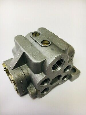 Oil/Grease 8-Way U-Block Divider Manifold Progressive Distributor Block