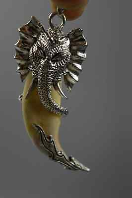 China Collectable Handwork Decor Old Miao Silver Carve Elephant Amulet Pendant