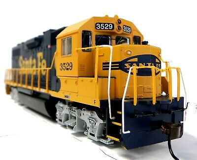 HO Scale Model Railroad Trains Layout Engine Santa Fe GP-38 DCC & Sound Equipped
